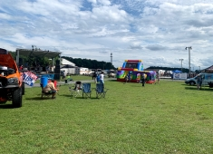 Delaware International Speedway and US 13 Dragway