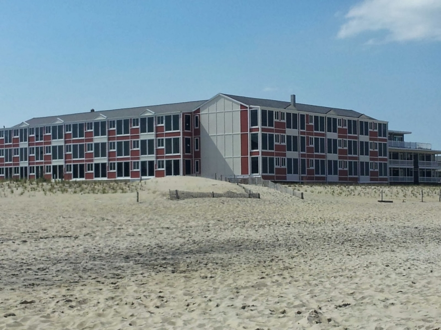 The Surf Club Oceanfront Hotel