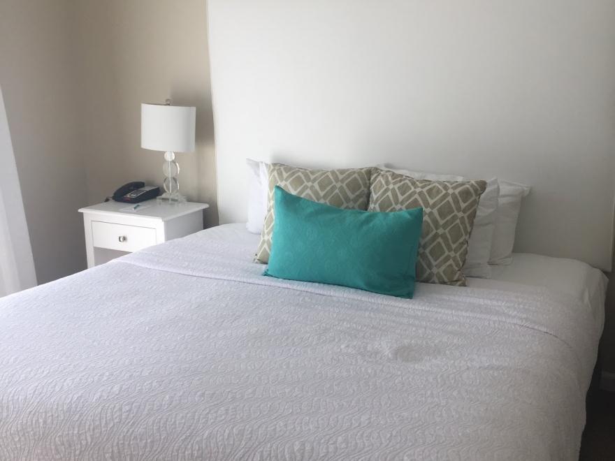 Brighton Suites Hotel