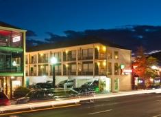 Crosswinds Motel