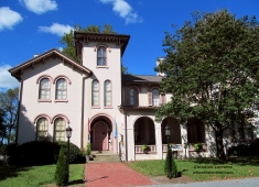 Ross Mansion